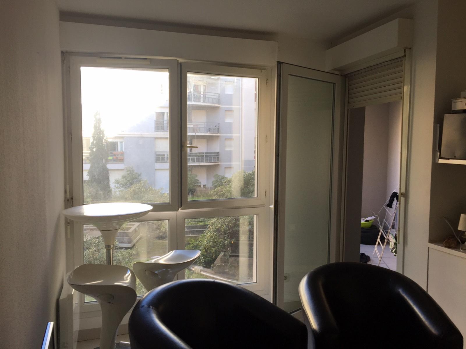 Location montpellier rives du lez t2 meubl avec balcon for Location meuble montpellier